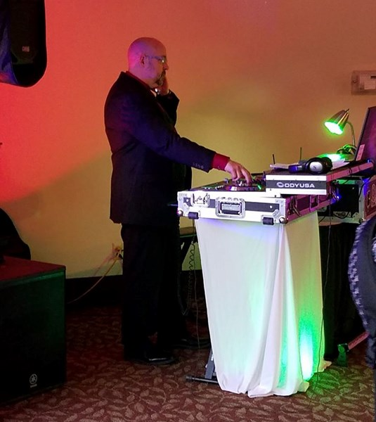 Star Struck Ent. - Mobile DJ - Helena, MT