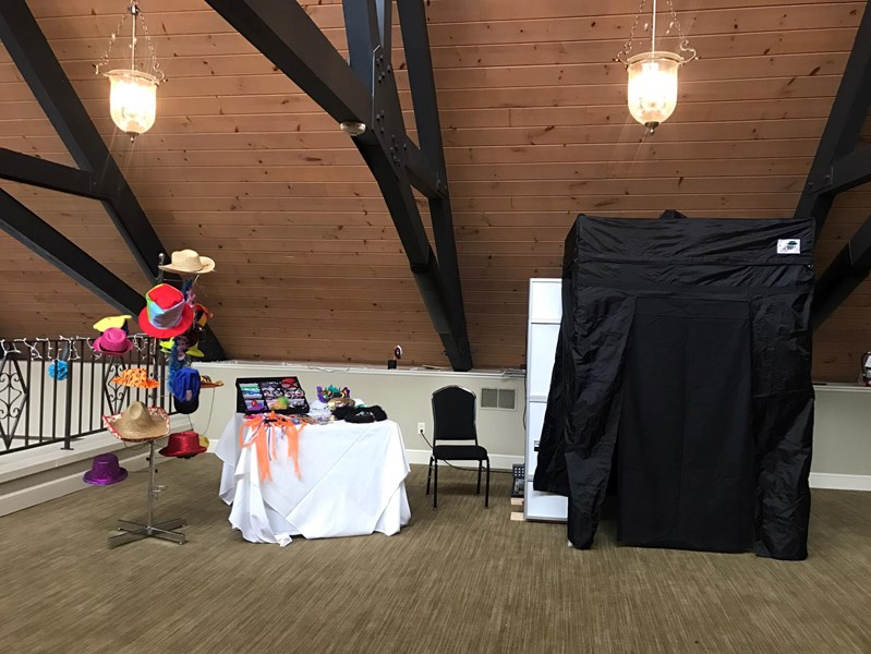 Your DJ Service and Photo Booth - Photo Booth - Minerva, OH