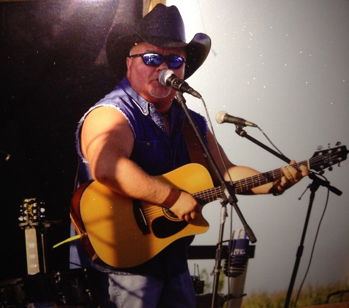Joe Parker - Lone Wolf Entertainment - Country Singer - Lexington, KY