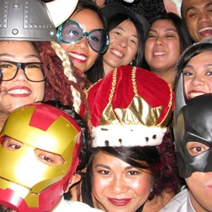 GroovBooth - Photo Booth Rentals