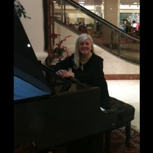 Mount Pleasant Pianist | Jerri Nance