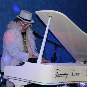 The Elton John Experience by Tommy Lee Thompson
