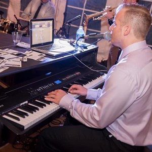 The Philly Keys Dueling Pianos