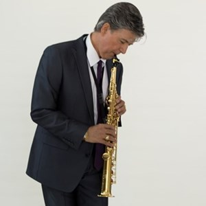 Lovelock Saxophonist | The Solo Trio