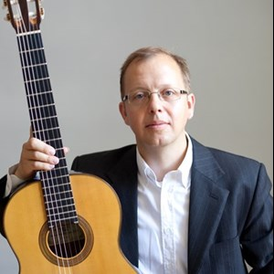 Cincinnati, OH Classical Guitarist | Robert Brown
