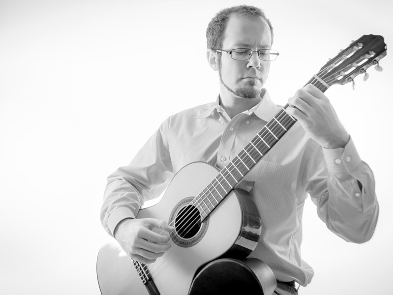 Derek Thomas Kennell - Classical Acoustic Guitarist - York, PA