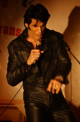 Terry Phillips As Elvis | Maryland Heights, MO | Elvis Impersonator | Photo #3