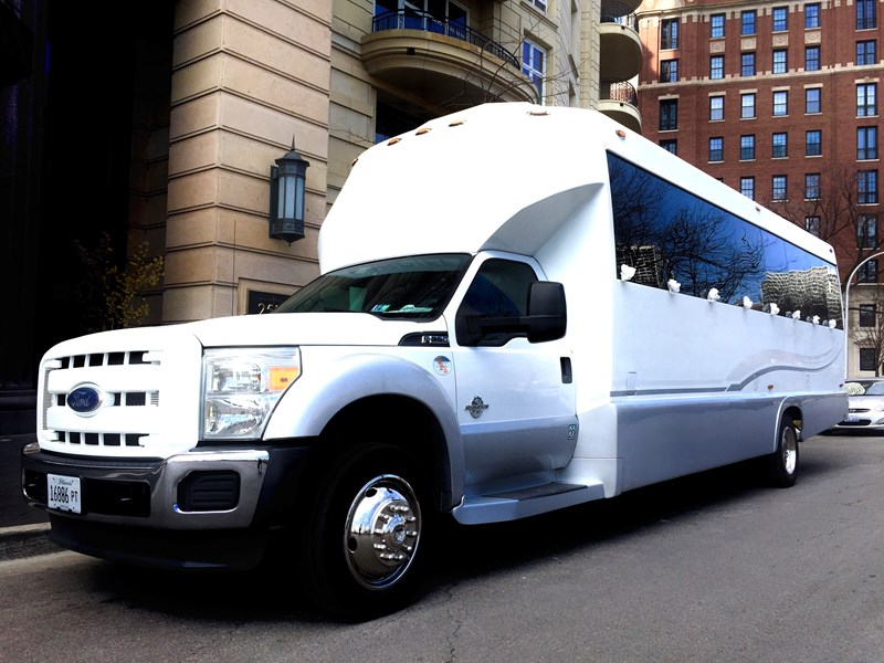 Limocorporate - Party Bus - Chicago, IL