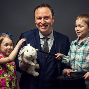 Red Deer Magician | Donovan Day Magician