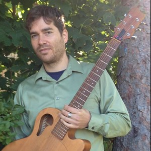 Kitzmiller Acoustic Guitarist | Adam Rose