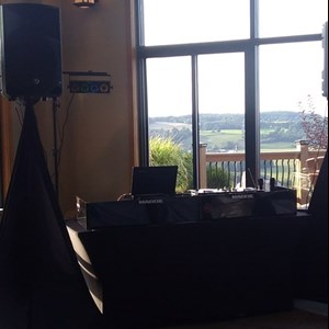 "Syracuse Event DJ | Exclusive Events ""Professional DJ's for less!"""