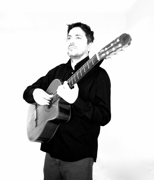 Alejandro Rowinsky - Classical Guitarist - Baltimore, MD