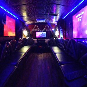 Bastrop, TX Party Bus | Tommy Gunns Party Bus