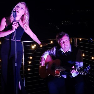North Hills Acoustic Duo | LvV Duo
