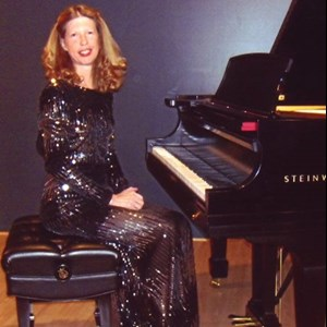 Milwaukee, WI Pianist | Judy Bowen