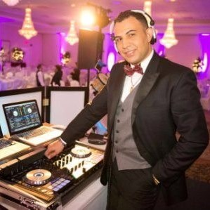 Winnipeg Latin DJ | DJ Services- CA