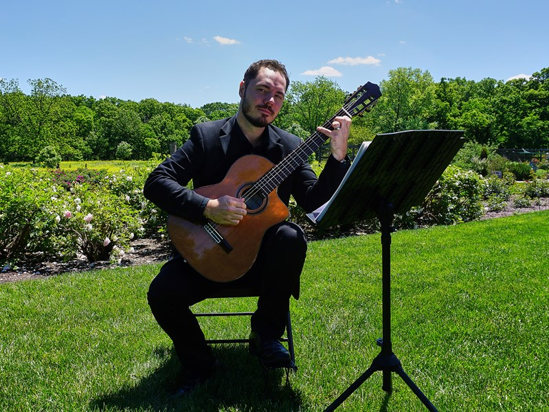 Matt Hines - Classical Guitarist - Warrenville, IL