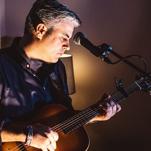 Amesbury Acoustic Guitarist | Tim Perry-Acoustic Guitar