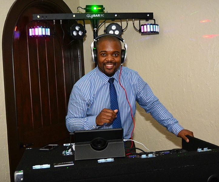 Arbutus Entertainment - DJ - Fort Worth, TX