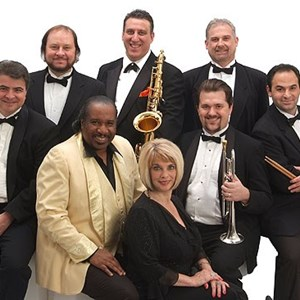 Ashland Dance Band | Twist show Band
