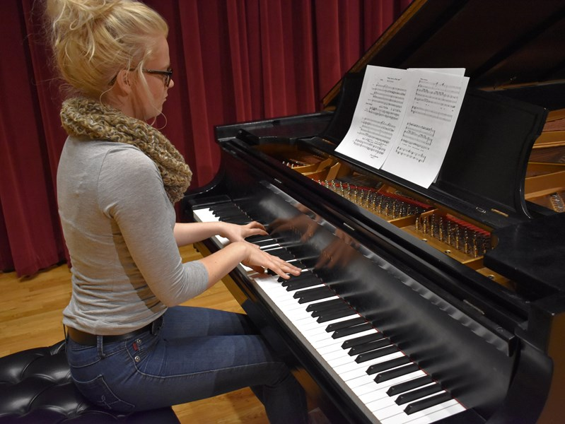 Gabbi Sparby - Pianist - Minneapolis, MN