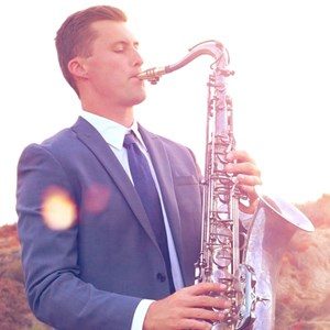 Northridge Saxophonist | Tyler Varnell - Saxophone | Piano | One Man Band