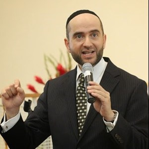 Fresno Inspirational Speaker | Rabbi Pini Dunner