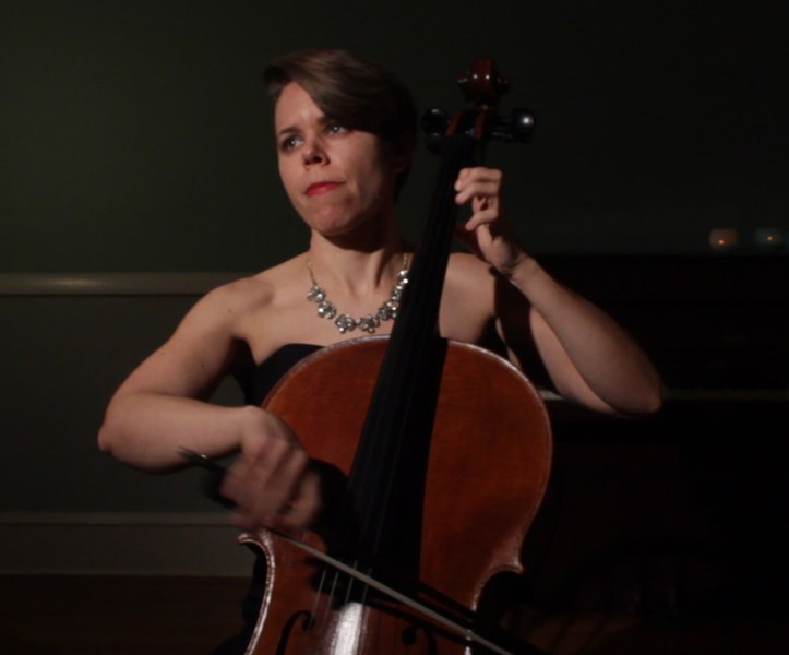 Ravenna Michalsen, Cellist - Cellist - New Haven, CT