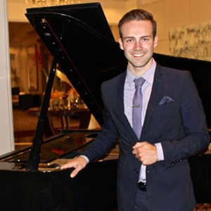 Laguna Beach, CA Classical Pianist | G Light Productions