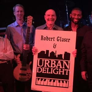 Omaha, NE Cover Band | Robert Glaser & the Gravy Dippers