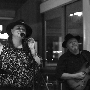 Oakland, CA Latin Band | Mimi Hope & Daniel Tuchmann