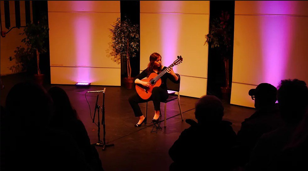 Ceili Connors - Classical Guitarist - Boston, MA