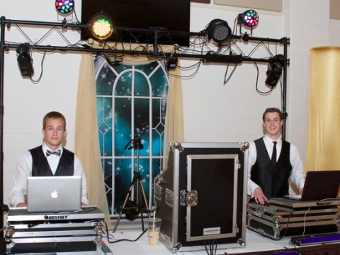 Burrell Entertainment - Mobile DJ - Riverside, NJ