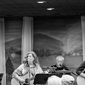 Seneca Rocks Acoustic Band | The Con Burch Band