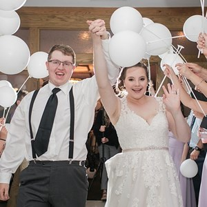 Bowling Green, KY DJ | Left Stage Productions Dj