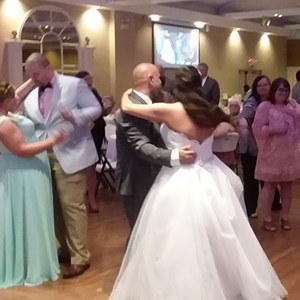 Bowling Green, KY Mobile DJ | Left Stage Productions Dj