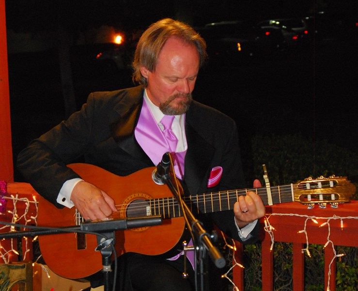 Michael Geiger Mackert Guitarist - Classical Guitarist - Yuba City, CA