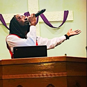 Violet Gospel Singer | Curtis Smith