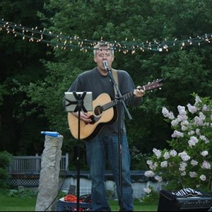 Middle Grove Acoustic Guitarist | don dawson