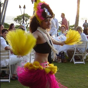 Barberton, OH Hula Dancer | HulaDancersDotCom