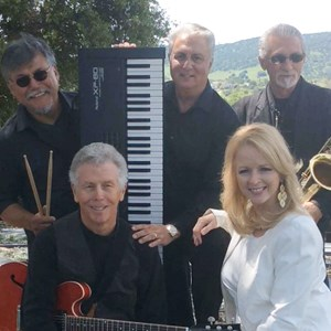 Dos Palos 60s Band | Gold Rhythm Band