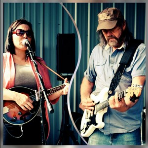 Moneta Country Band | Lonesome Roads