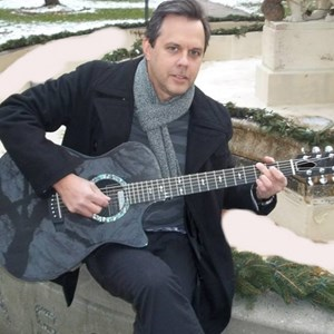 Harrisonville Acoustic Guitarist | George Byich
