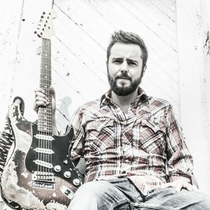 Wildwood, MO Blues Acoustic Guitarist | Jonathan McCammon