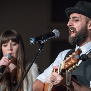 Beverly Hills, CA Folk Band | The Tino & Ashley Band