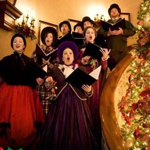The Lola Bard Holiday Carolers