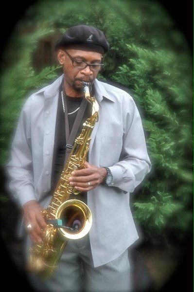 Theo Scott One Man Band Sax/Vocals
