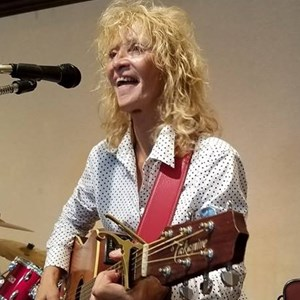 Bedminster, NJ Singer Guitarist | Bonnie Boland