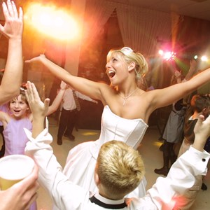 Middlebury Wedding DJ | R-N-B Sound Dj Entertainment