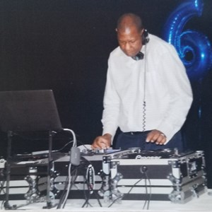 Glen Carbon, IL DJ | Music For All Occasions